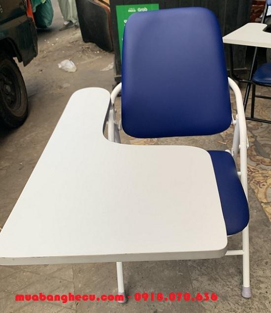 ghế liền bàn cũ