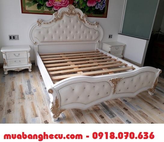 giường ngủ cổ điển giá rẻ tphcm