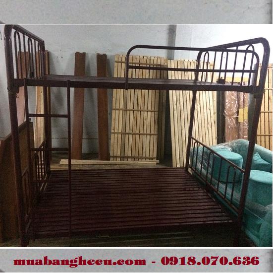 giường tầng cũ