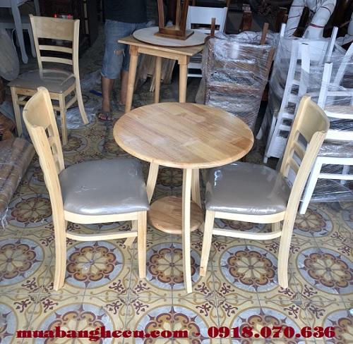 mẫu bàn ghế gỗ cũ cho quán cafe