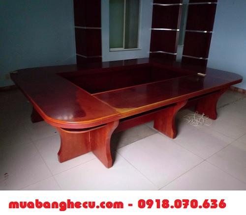 mua bán bàn họp bằng gỗ