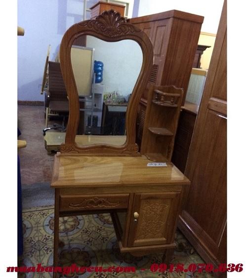 bàn ghế trang điểm bằng gỗ