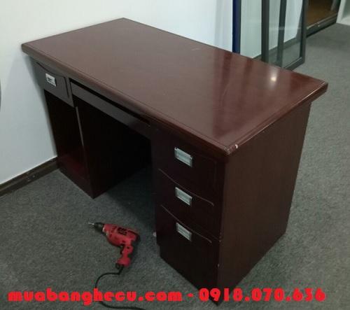 bàn ghế giám đốc bằng gỗ