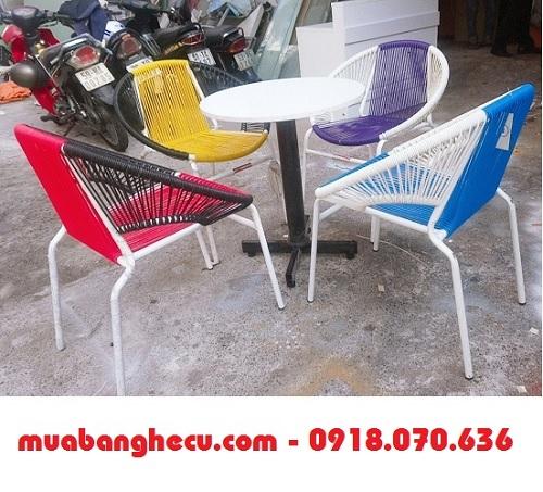 bàn ghế trà sữa thanh lý