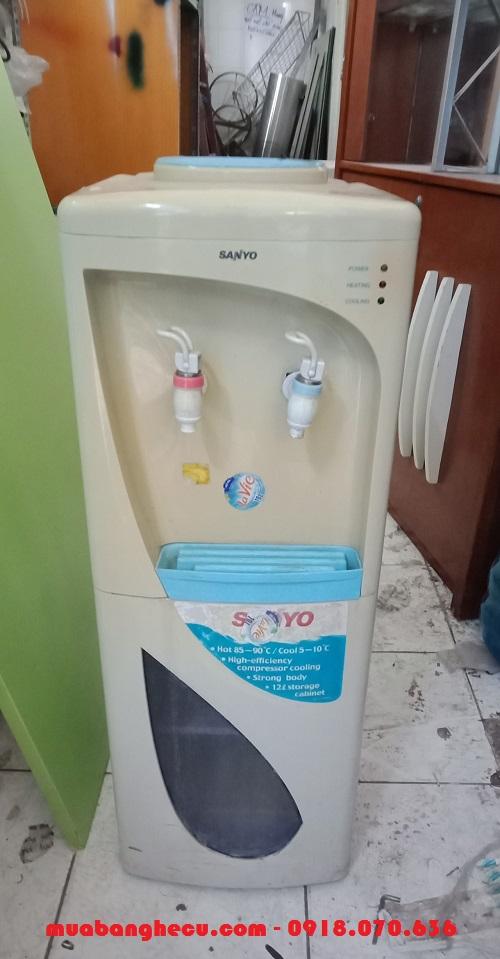 Cây nước nóng lạnh sanyo cũ